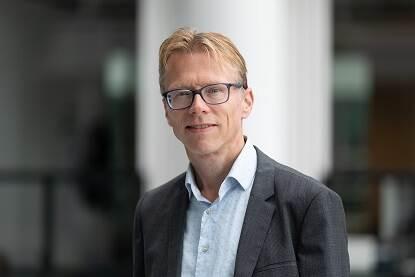Dr. Alexander Otgaar